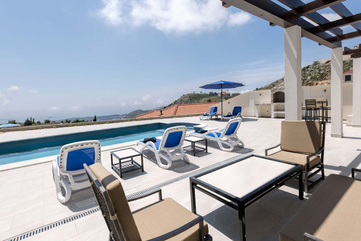 Luxury-Villa-Ragusa-terrace-with-private-pool-and-uniterrupted-view-to-the-Dubrovnik-Riviera