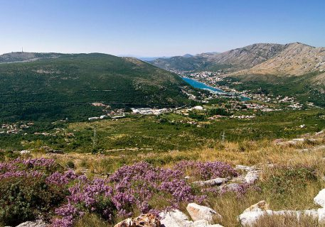Luxury villa Lule-views over the mountains to the Dubrovnik Yacht club and the Adriatic Sea