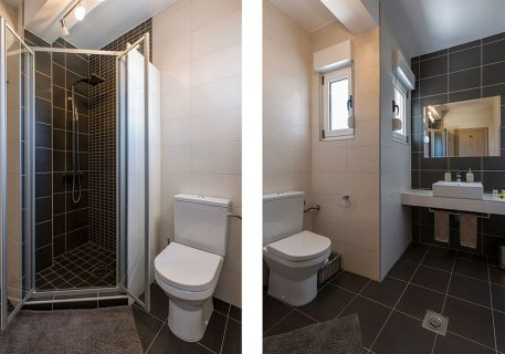 Villa Stone-bathroom with walk in shower adjacent to the Twin room