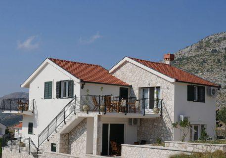 The terrace of villa Branko with views to the Adriatic Sea