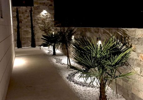 Villa Anna-lighting to illuminate your path and the beautiful plants