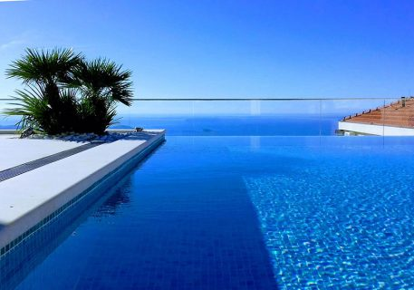Villa Anna-private infinity pool with the view of the Adriatic Sea and Dubrovnik Riviera