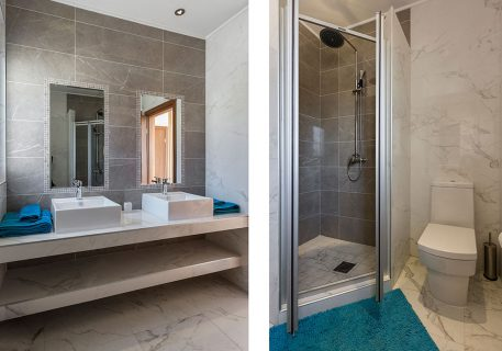 Villa Price-adjacent bathroom to the third Master bedroom