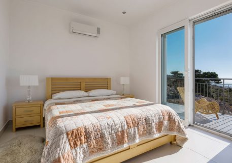 Villa Price-hand crafted bed and AC foryour comfort