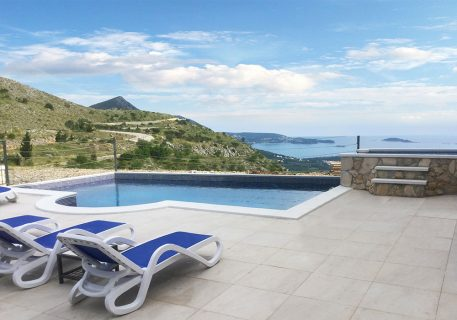 Villa Leni-It will be hard for you to tear yourself away and do a spot of sightseeing