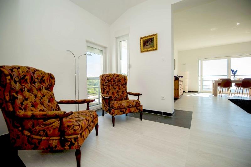 Apartment Alice-Relaxing quiet reading area