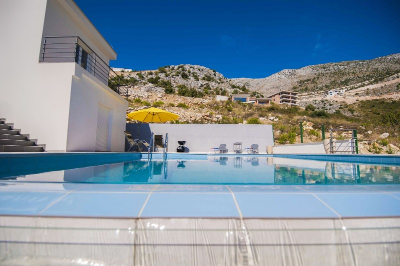 Apartment Alice-Swim in your own private, stunning infinity pool with breath taking views to the Dubrovnik Riviera