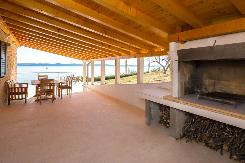 Luxury Villa Zizanj-A BBQ large enough to cook for all your guests