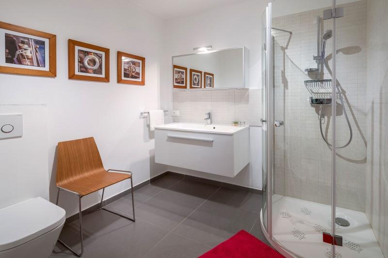 Luxury Villa Zizanj-En-suite bathroom with large shower
