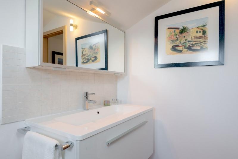 Luxury Villa Zizanj-En-suite bathroom with walk-in shower