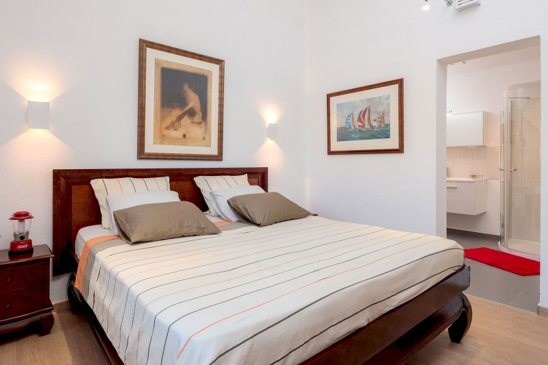 Luxury Villa Zizanj-Third master bedroom with quality king sized bed and en-suite bathroom